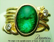 Atuik wide-ring-18k-emerald